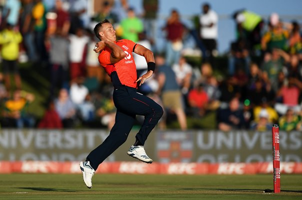 Tom Curran England bowls v South Africa T20 Centurion 2020