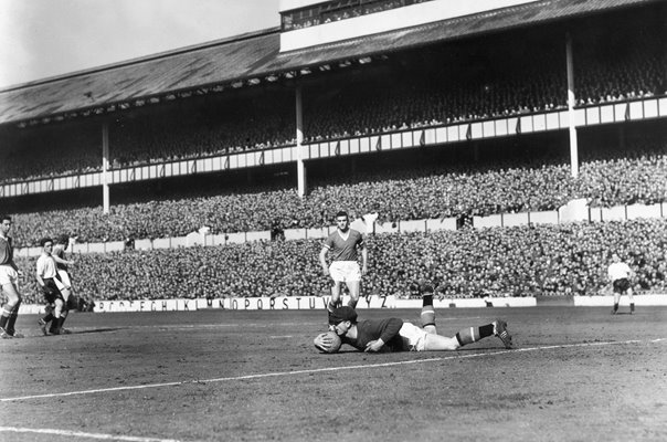 Harry Gregg Manchester United Goalkeeper Save 1958
