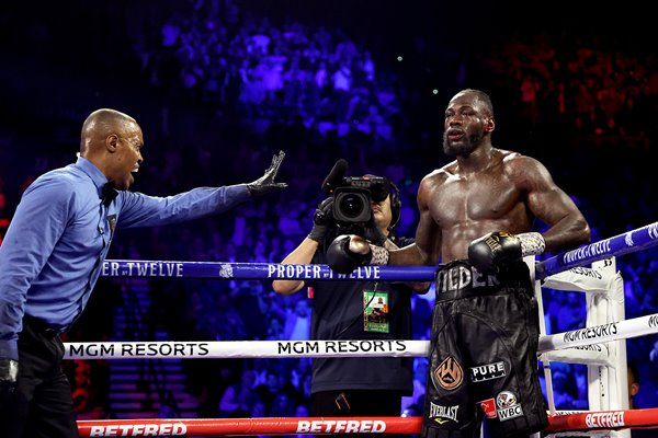 Deontay Wilder standing count v Tyson Fury Las Vegas 2020