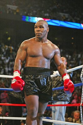 Mike Tyson Heavyweight Title Fight v Lennox Lewis Memphis 2002