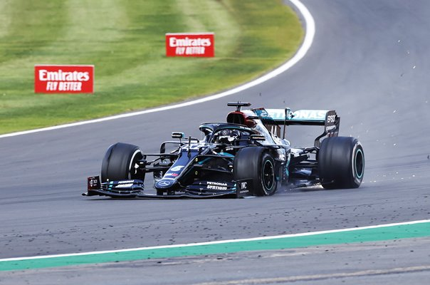 Lewis Hamilton Great Britain last lap puncture Silverstone GP 2020