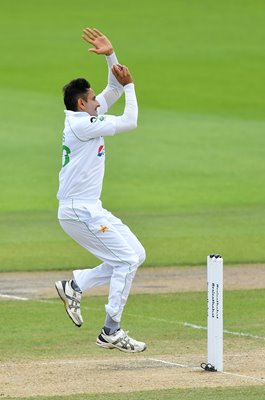 Mohammad Abbas Pakistan bowls v England Old Trafford 2020