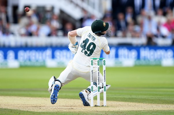 Steve Smith Australia hit by Jofra Archer England bouncer Ashes 2019