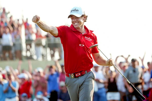 Rory McIlroy celebrates 2012 USPGA win