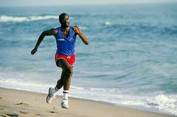 Ed Moses USA 400m Hurdles Legend Beach Training