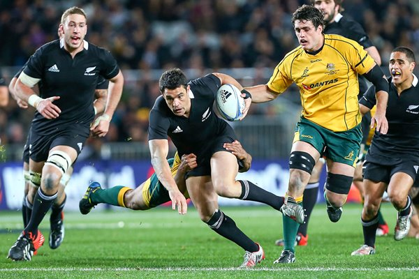 Dan Cater New Zealand tackeld by Will Genia Australia 2012