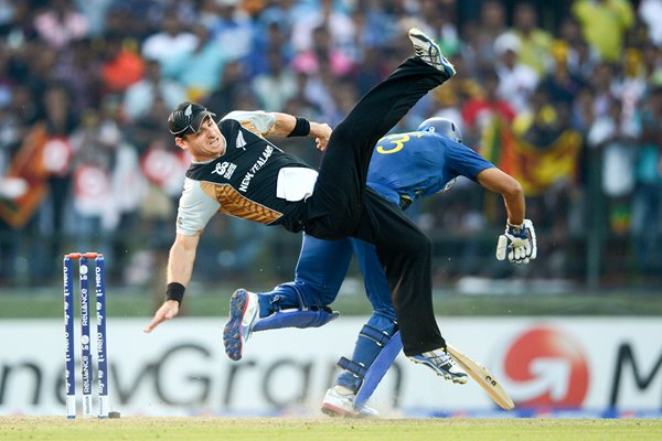 McCullum and Dilshan collide World Twenty20 2012
