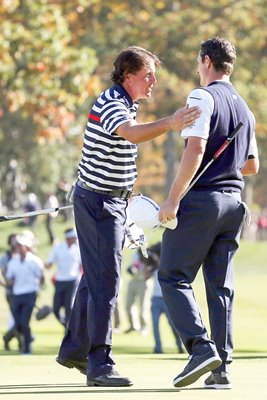 Justin Rose beats Phil Mickelson Ryder Cup Singles 2012