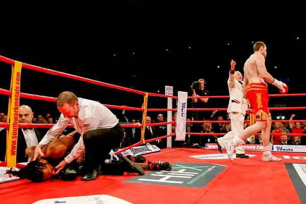 David Price knocks out Audley Harrison 2012