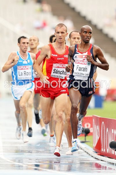 Mo Farah 10000m action in Barcelona