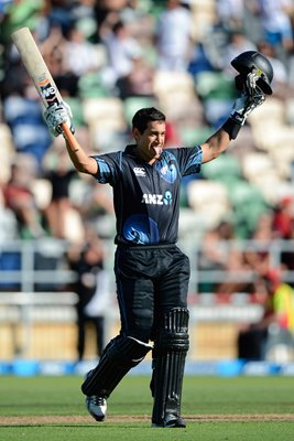 Ross Taylor New Zealand Century v England 2013