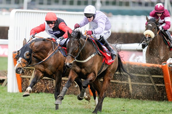Paul Carberry & Solwit win World Hurdle Cheltenham 2013