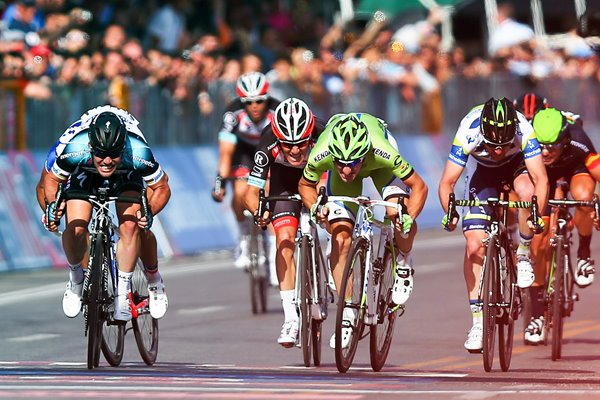Mark Cavendish wins Stage 1 2013 Giro d'Italia 2013