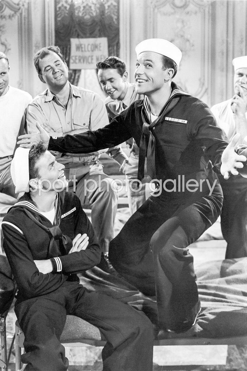 Frank Sinatra Gene Kelly 1945 Anchors Aweigh Hollywood Historic Photos Art 8x10