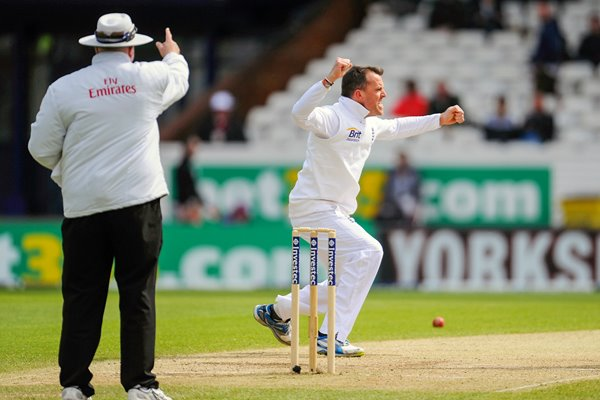 Graeme Swann wicket England v New Zealand 2013