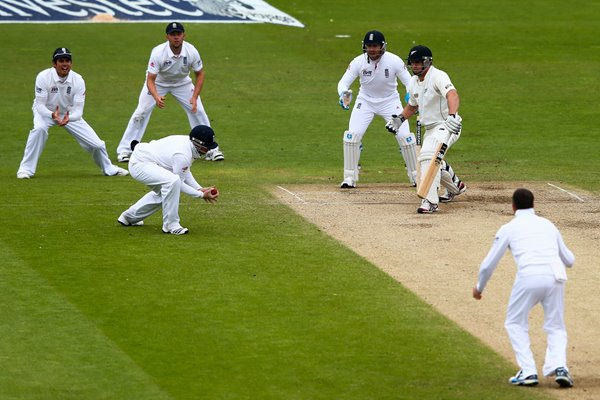 Graeme Swann 10 wickets v New Zealand Headingley 2013