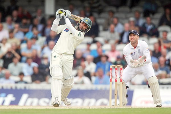 Imran Farhat of Pakistan hits out watched by Matt Prior