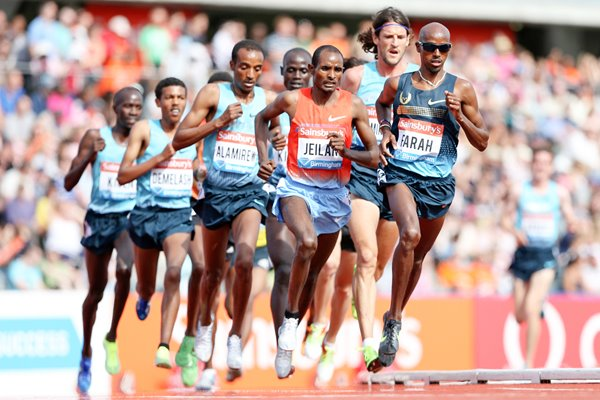 Mo Farah leads 5000m Diamond League Birmingham 2013