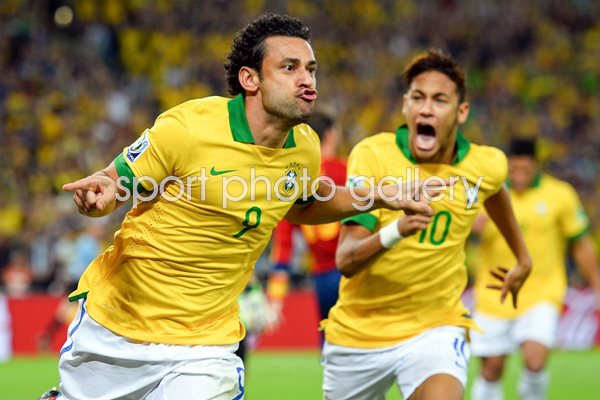 Fred Brazil scores v Spain Confederations Cup Final 2013