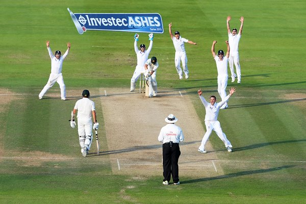 Graeme Swann appeals for winning wicket Lord's Ashes 2013