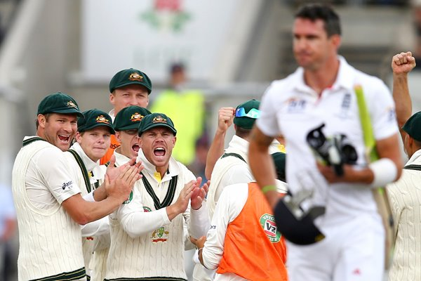 Australia celebrate Pietersen wicket Ashes 2013