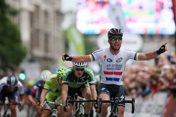 Mark Cavendish wins Tour Of Britain Stage 8 London 2013