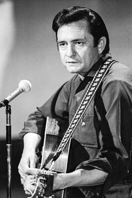 Johnny Cash plays on 'Johnny Cash Show'