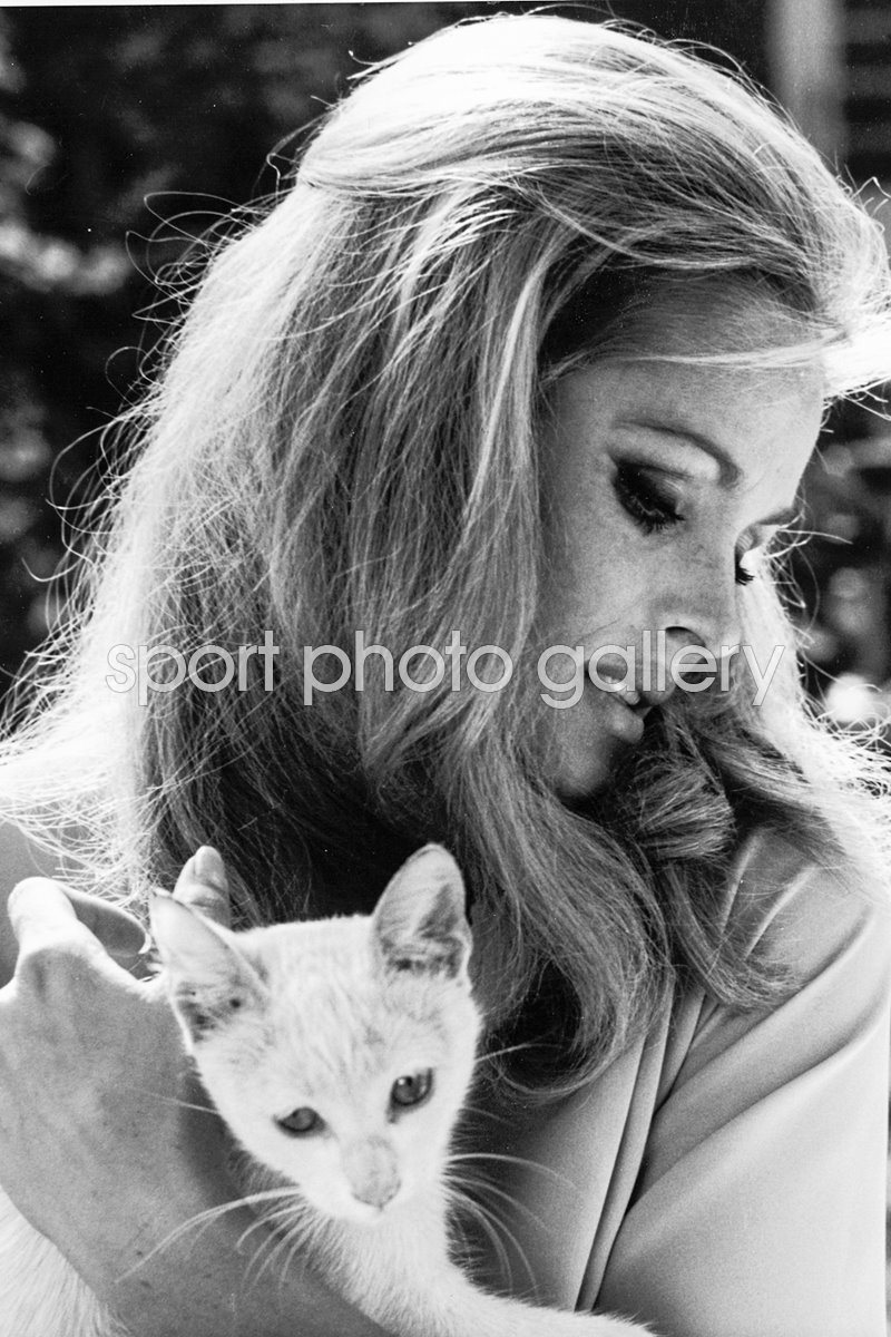 Ursula Andress With Cat 1960