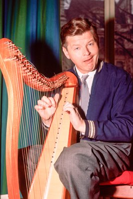 Benny Hill Plays The Harp 1955