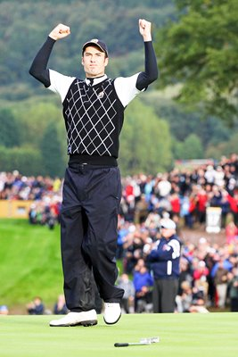 Ross Fisher celebrates Day 3 Fourball win
