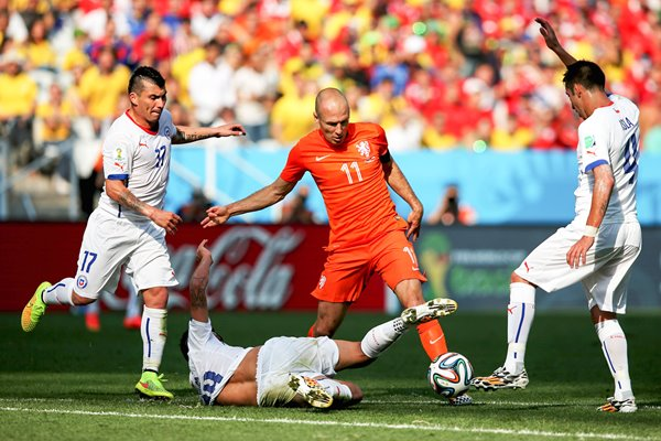 Arjen Robben v Chile 2014 World Cup