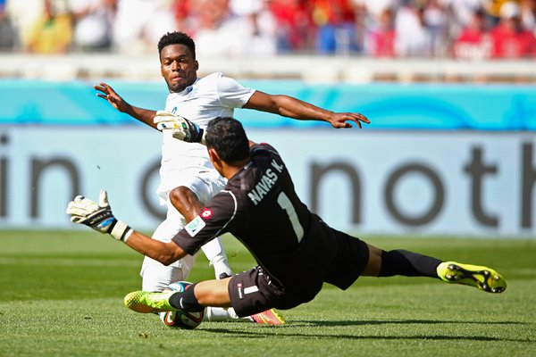 Sturridge v Navas 2014 World Cup