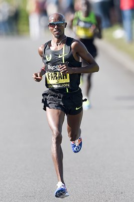 Mo Farah wins Great North Run 2014
