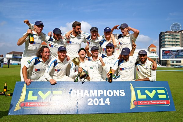 Yorkshire Winning Team Trent Bridge 2014