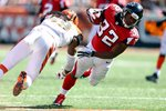 Emmanuel Lamur Bengals hits Jacquizz Rodgers Falcons Mounts