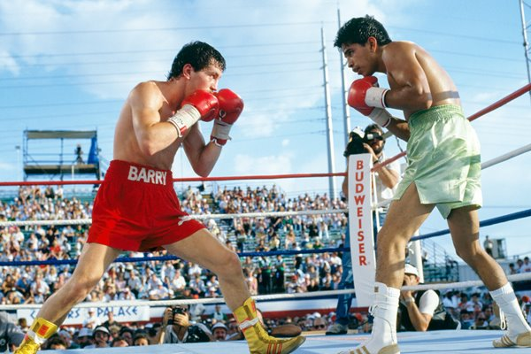 Barry McGuigan v Steve Cruz Las Vegas 1986