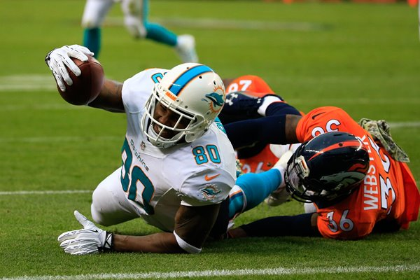 Dion Sims Dolphins v Broncos