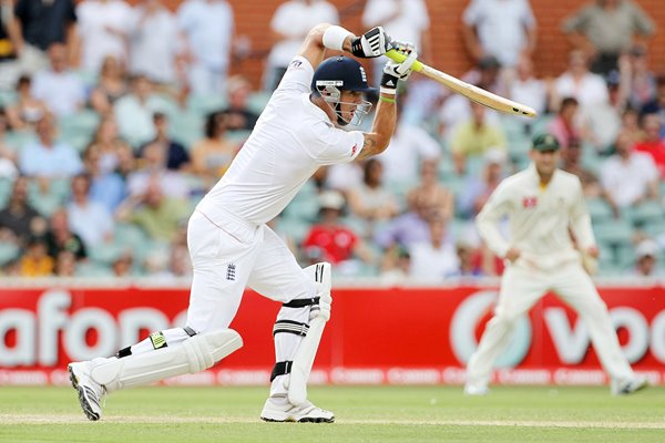 Kevin Pietersen Adelaide action - 2010 Ashes