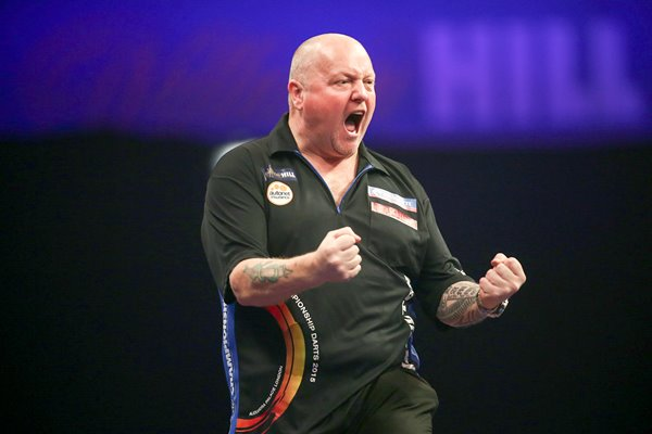 Andy Hamilton PDC World Darts Championships 2015