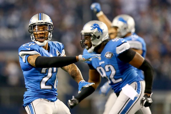 Wild Card Playoffs Glover Quin Lions v Cowboys 2015