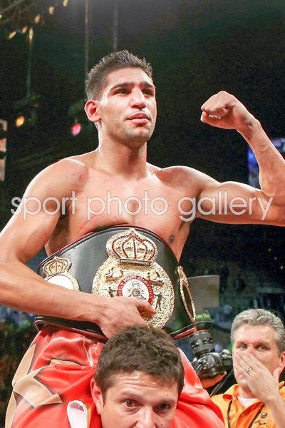 Amir Khan celebrates win v Marcos Maidana Images | Boxing Posters ...