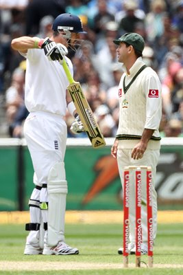 Ricky Ponting & Kevin Pietersen MCG Ashes 2010