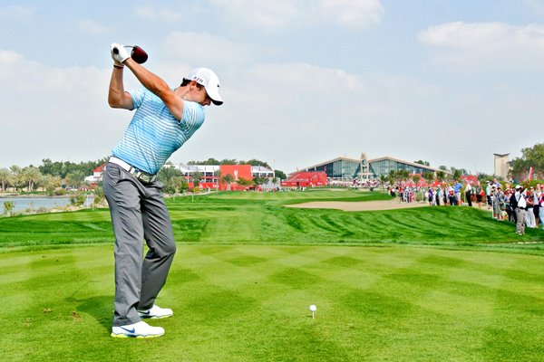 Rory McIlroy 9th tee Abu Dhabi Golf Club 2014