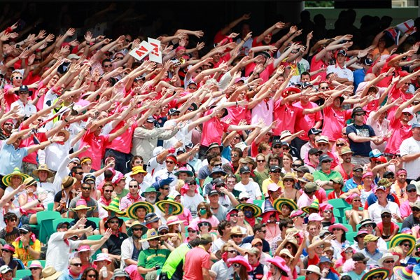 "Barmy Army ""in the pink"" at the SCG - 2010 Ashes"
