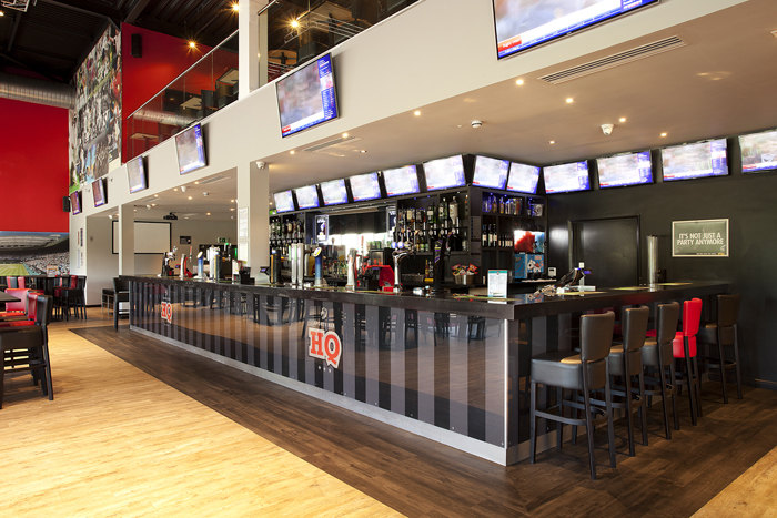 Hq Sports Bar, Dunstable